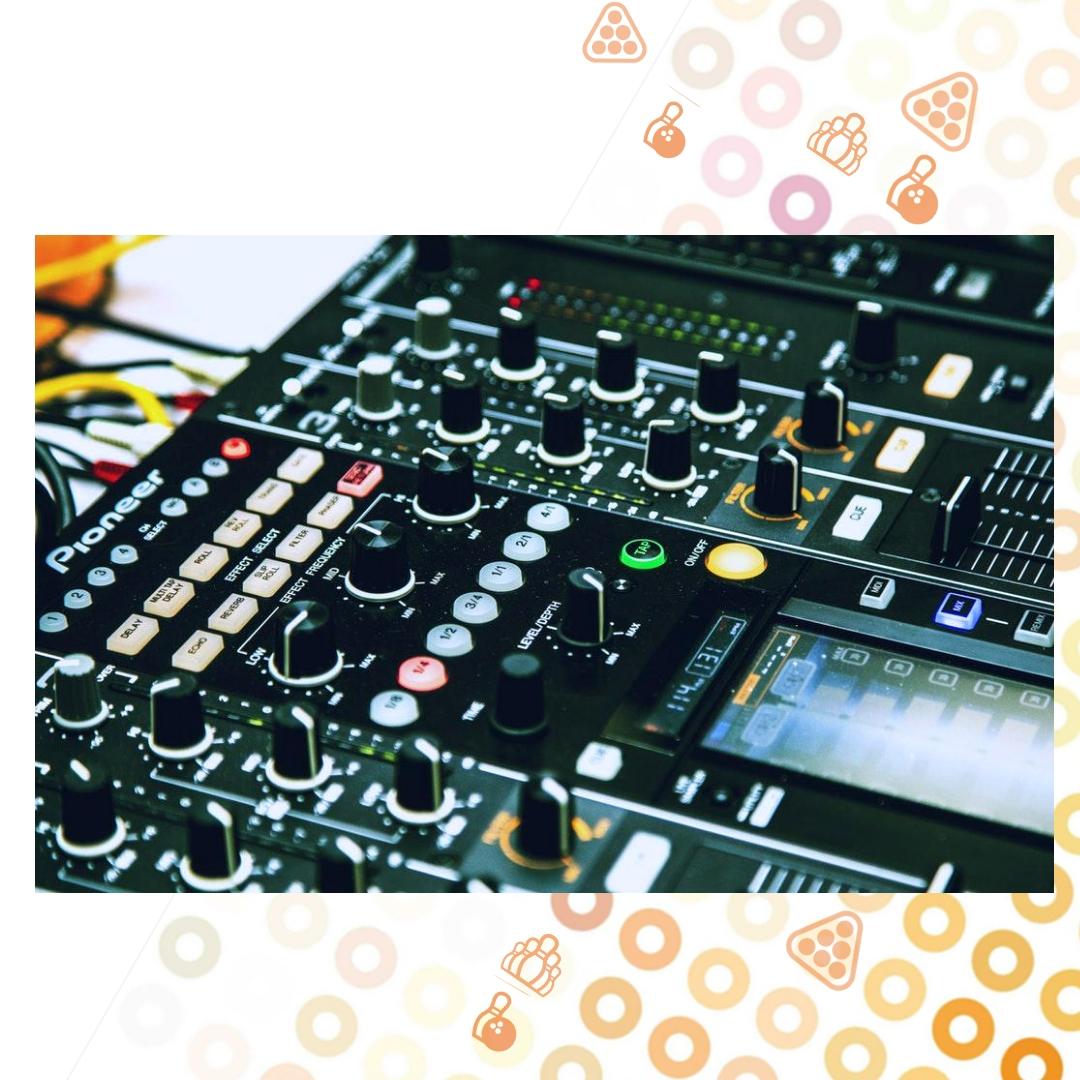 Вечір в DJ-сетах